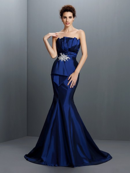 Trumpet/Mermaid Strapless Sleeveless Sweep/Brush Train Taffeta Evening Dresses with Beading