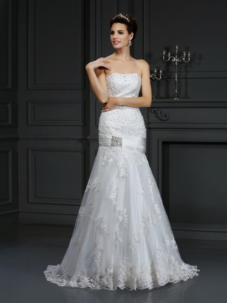 Sheath/Column Strapless Sleeveless Court Train Satin Wedding Dresses with Applique