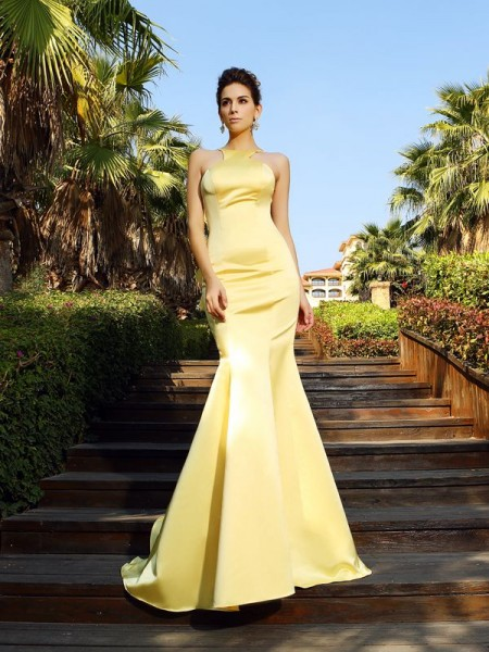 Trumpet/Mermaid Scoop Sleeveless Satin Court Train Dresses