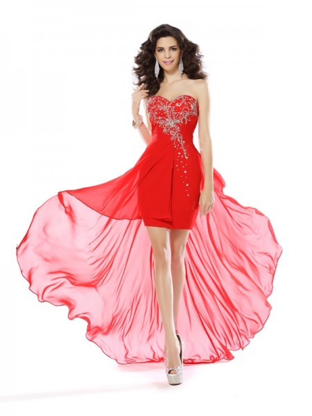Sheath/Column Sweetheart Sleeveless Chiffon Short Cocktail/Homecoming Dresses with Beading