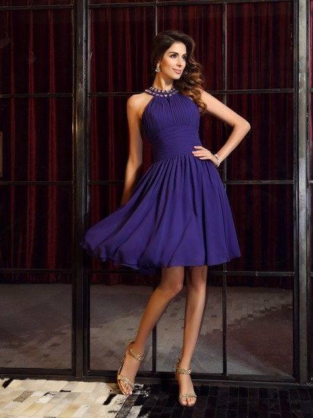 A-Line/Princess Sleeveless High Neck Chiffon Knee-Length Bridesmaid Dresses with Pleats