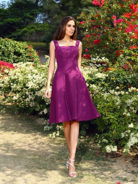 A-Line/Princess Square Chiffon Knee-Length Sleeveless Bridesmaid Dresses