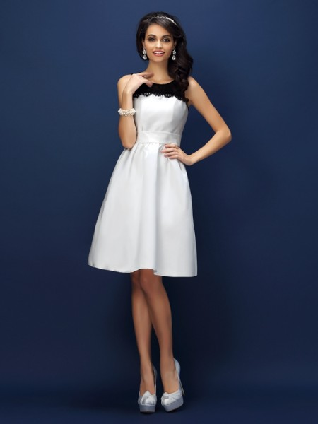 Sheath/Column Bateau Sleeveless Lace Knee-Length Satin Bridesmaid Dresses