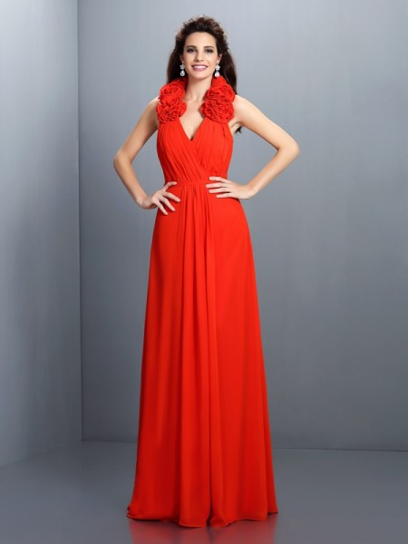 A-Line/Princess Halter Sleeveless Floor-Length Chiffon Evening/Formal Dresses with Hand-Made Flower