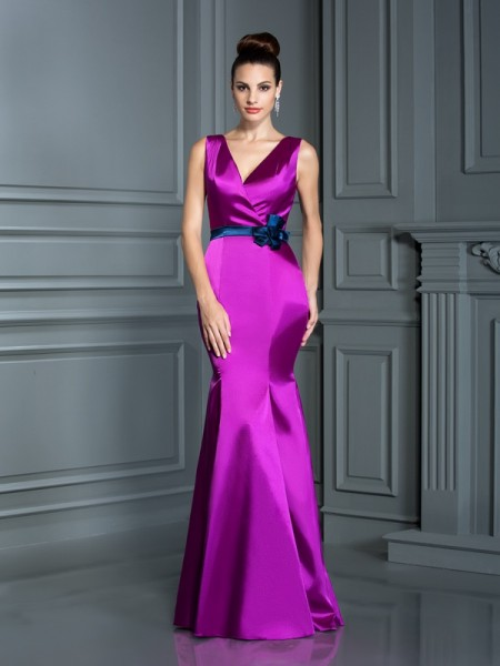 Trumpet/Mermaid V-neck Sleeveless Floor-Length Elastic Woven Satin Dresses with Hand-Made Flower