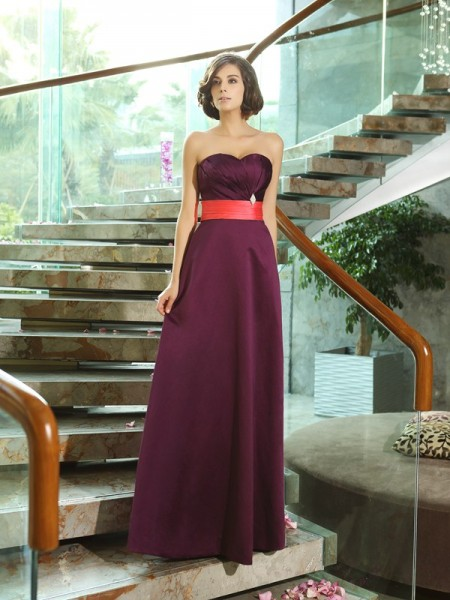 A-Line/Princess Sleeveless Sweetheart Satin Long Dresses with Ruched