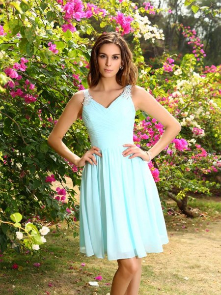 A-Line/Princess Straps Chiffon Sleeveless Knee-Length Bridesmaid Dresses with Ruched