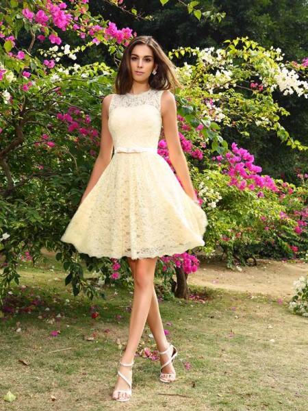 A-Line/Princess Sleeveless Elastic Woven Satin Scoop Knee-Length Lace Bridesmaid Dresses