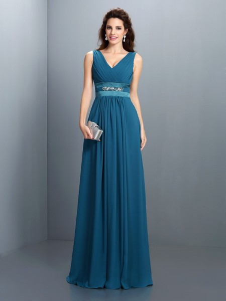 A-Line/Princess V-neck Chiffon Long Dresses with Beading