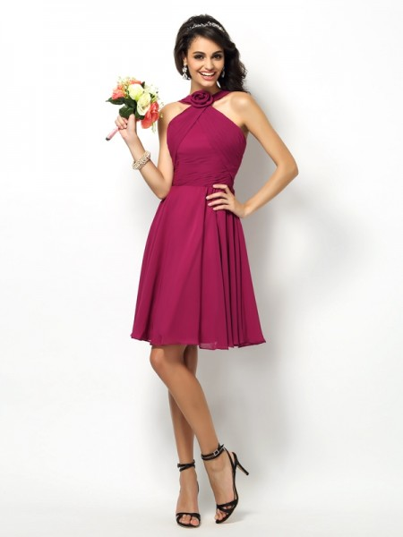 A-Line/Princess High Neck Sleeveless Short/Mini Chiffon Bridesmaid Dresses with Pleats
