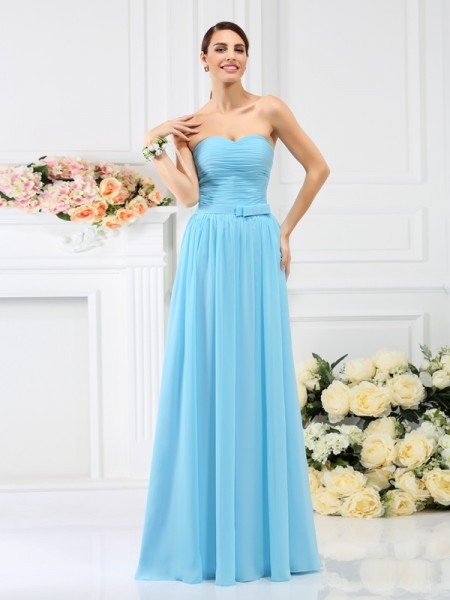 A-Line/Princess Sweetheart Sleeveless  Floor-Length Chiffon Bridesmaid Dresses with Hand-Made Flower Pleats