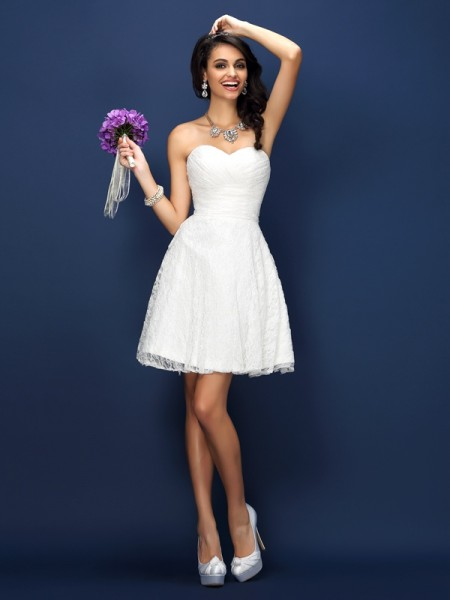 A-Line/Princess Sweetheart Sleeveless Lace Short/Mini Satin Bridesmaid Dresses with Pleats