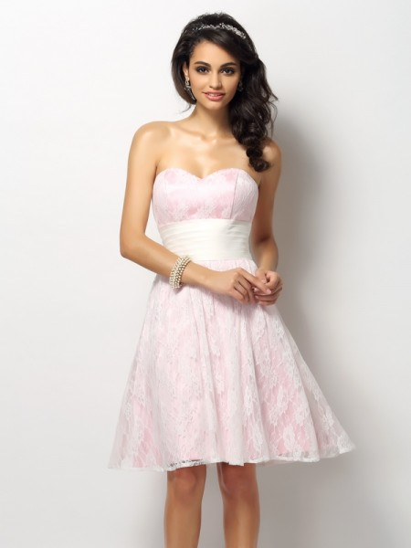 A-Line/Princess Sweetheart Sleeveless Lace Short/Mini Satin Bridesmaid Dresses
