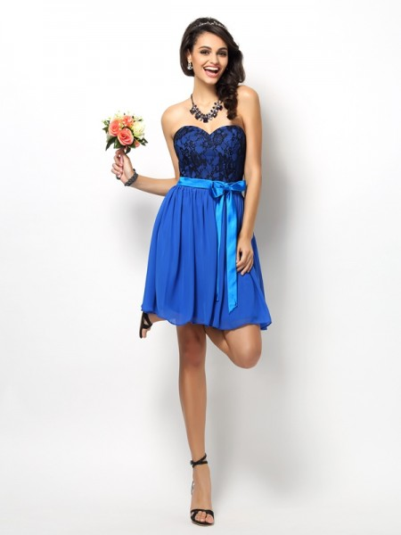 A-Line/Princess Sweetheart Sleeveless Lace Bowknot Short/Mini Chiffon Bridesmaid Dresses