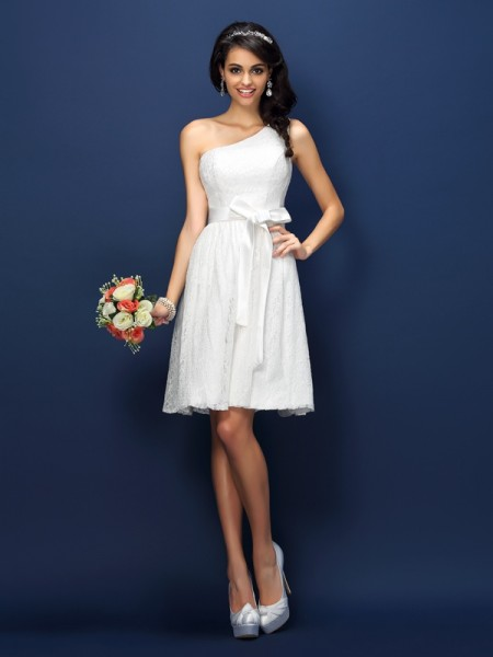A-Line/Princess One-Shoulder Sleeveless Lace Bowknot Short/Mini Lace Bridesmaid Dresses