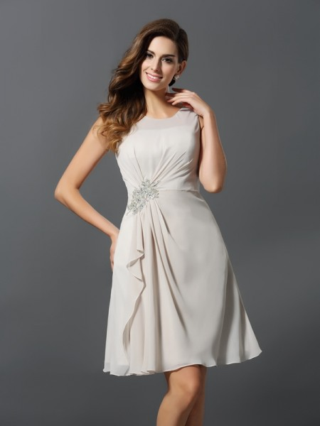 A-Line/Princess Scoop Sleeveless Chiffon Short/Mini Bridesmaid Dresses with Beading