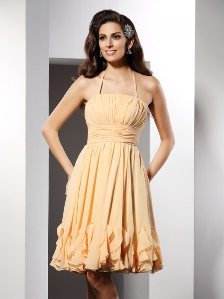 A-Line/Princess Halter Sleeveless Knee-Length Chiffon Dresses with Ruffles