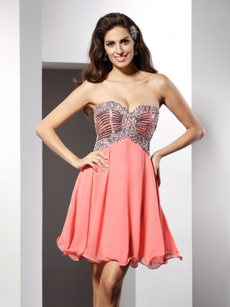 Princess Sweetheart Sleeveless Chiffon Short Cocktail/Homecoming Dresses with Beading