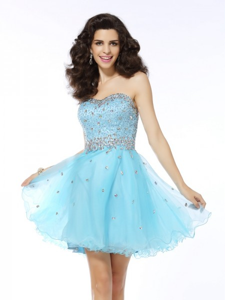 A-Line/Princess Sweetheart Sleeveless Organza Short Cocktail/Homecoming Dresses with Ruffles