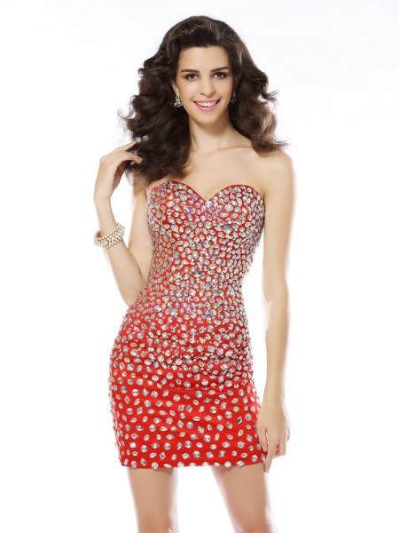 Sheath/Column Sweetheart Sleeveless Chiffon Short Cocktail/Homecoming Dresses with Rhinestone