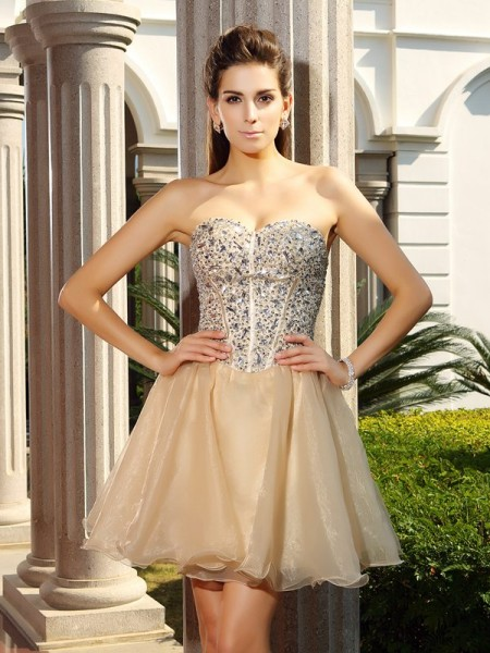 A-Line/Princess Sweetheart Organza Short/Mini Sleeveless Dresses with Ruffles