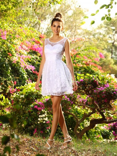 A-Line/Princess Sleeveless Bateau Lace Short/Mini Bridesmaid Dresses