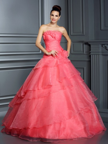 Ball Gown Strapless Sleeveless Floor-Length Organza Quinceanera Dresses with Hand-Made Flower