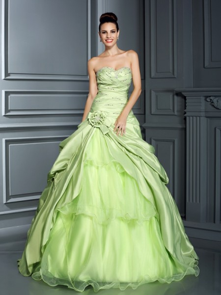 Ball Gown Sweetheart Taffeta Quinceanera Dresses with Hand-Made Flower