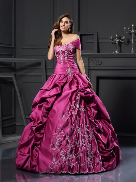 Ball Gown Sweetheart Satin Sleeveless Long Prom Dresses with Applique