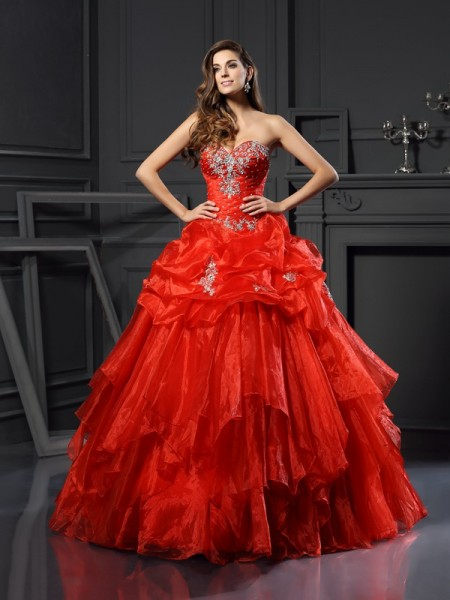 Ball Gown Sleeveless Sweetheart Tulle Long Prom Dresses with Beading