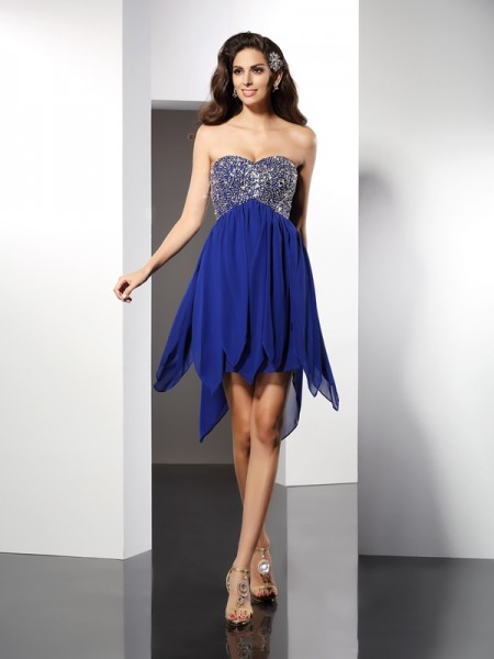 A-Line/Princess Sweetheart Sleeveless Chiffon Short Cocktail/Homecoming Dresses with Beading