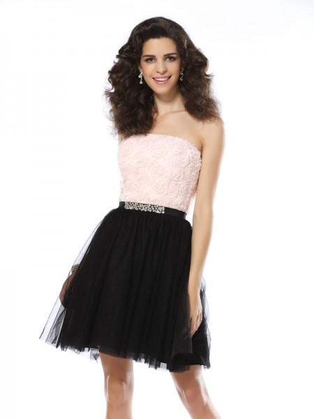 A-Line/Princess Sleeveless Strapless Short/Mini Tulle Dresses