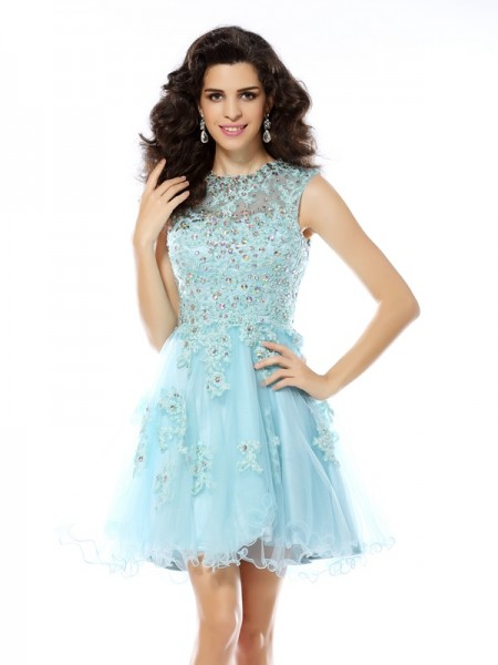 A-Line/Princess Sleeveless Scoop Satin Short Cocktail/Homecoming Dresses with Applique with Beading