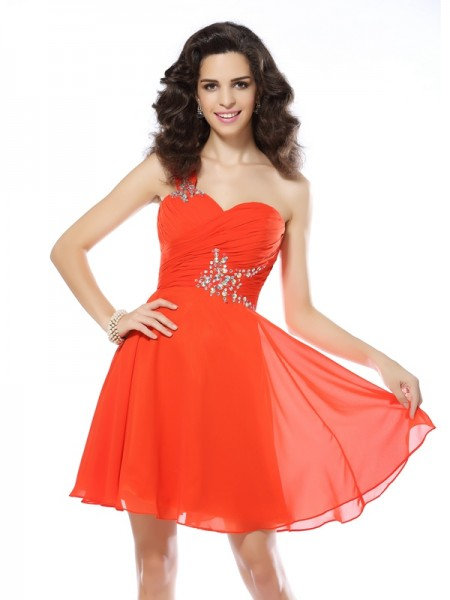 A-Line/Princess One-Shoulder Sleeveless Chiffon Short Cocktail/Homecoming Dresses with Beading