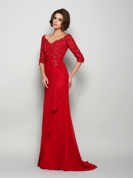 A-Line/Princess 1/2 Sleeves V-neck Chiffon Sweep/Brush Train Mother of the Bride Dresses with Beading