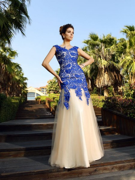 Sheath/Column V-neck Lace Floor-Length Sleeveless Net Dresses