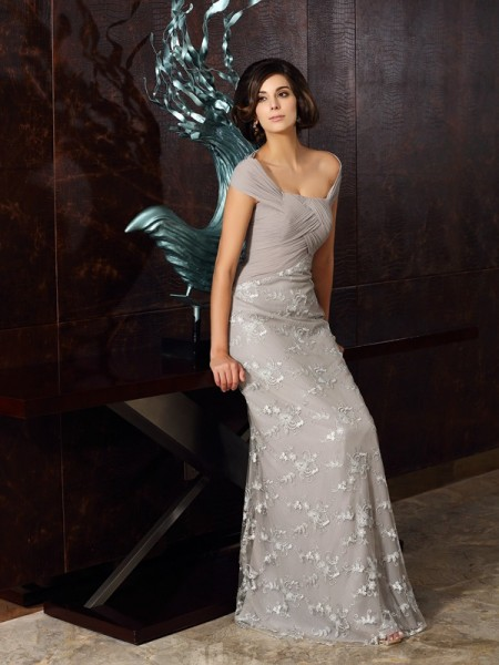 A-Line/Princess Off-the-Shoulder Sleeveless Chiffon Floor-Length Dresses with Applique