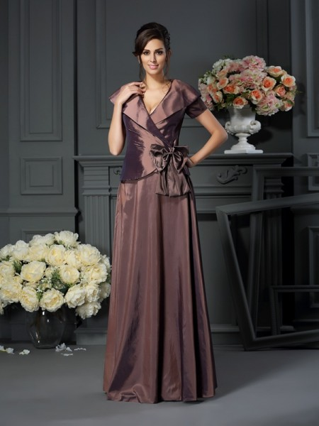 A-Line/Princess V-neck Bowknot Floor-Length Short Sleeves Taffeta Mother of the Bride Dresses