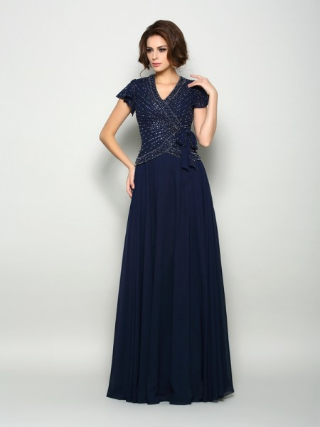 A-Line/Princess Short Sleeves V-neck Chiffon Floor-Length Mother of the Bride Dresses with Beading