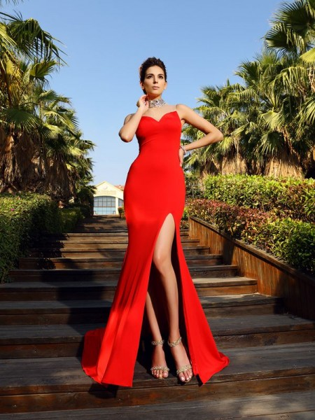 Sheath/Column Sleeveless High Neck Court Train Spandex Dresses with Beading