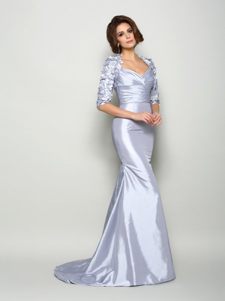 Trumpet/Mermaid Sweetheart 1/2 Sleeves Taffeta Sweep/Brush Train Mother of the Bride Dresses with Applique