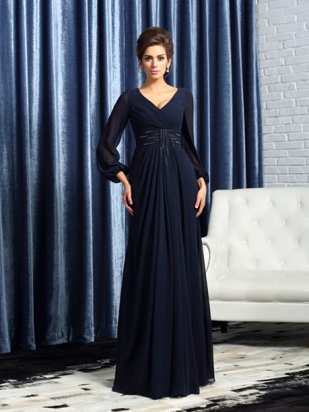 A-Line/Princess V-neck Long Sleeves Chiffon Floor-Length Mother of the Bride Dresses with Beading