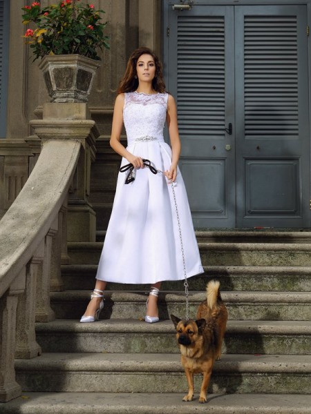 A-Line/Princess Bateau Ankle-Length Sleeveless Satin Wedding Dresses with Applique