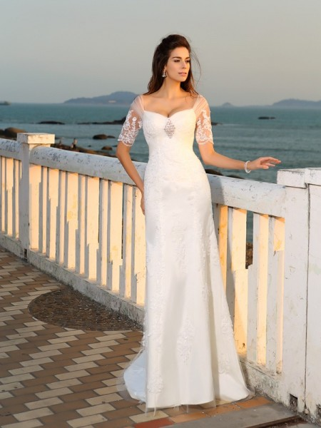 Sheath/Column Sweetheart Floor-Length Short Sleeves Satin Beach Wedding Dresses with Applique