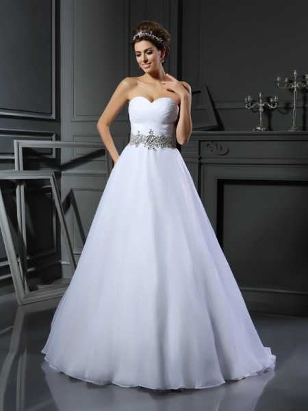 Ball Gown Sweetheart Sleeveless Satin Court Train Wedding Dresses with Beaded