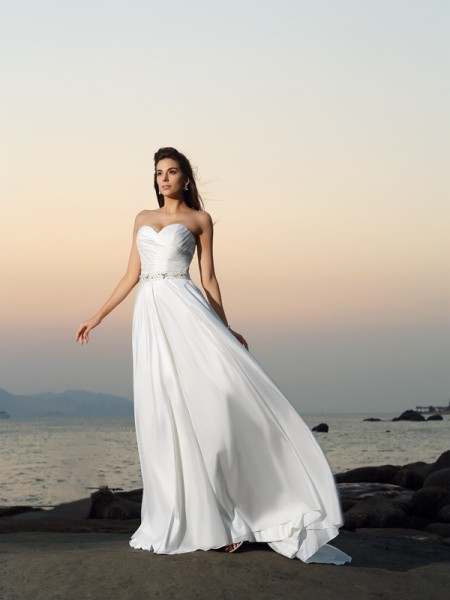 A-Line/Princess Sleeveless Taffeta Sweetheart Chapel Train Beach Wedding Dresses with Beading