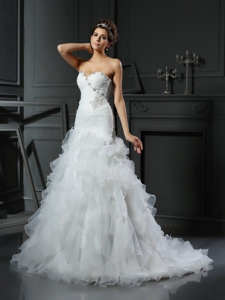 Trumpet/Mermaid Sweetheart Organza Chapel Train Sleeveless Wedding Dresses with Ruffles