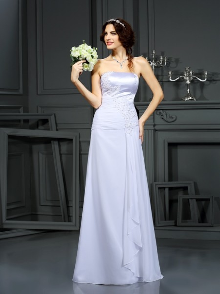 Sheath/Column Strapless Sleeveless Chiffon Sweep/Brush Train Wedding Dresses with Beading