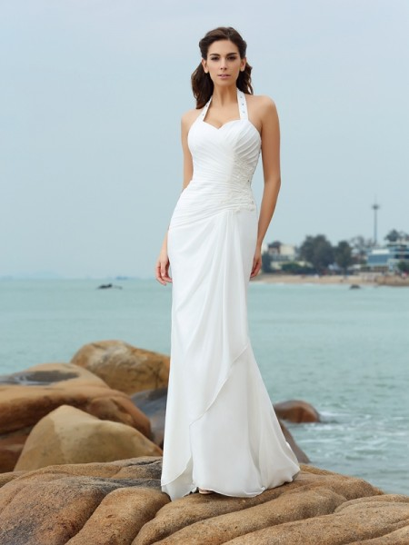 Sheath/Column Sleeveless Halter Court Train Chiffon Beach Wedding Dresses with Pleats