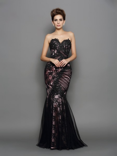 Trumpet/Mermaid Sweetheart Sleeveless Elastic Woven Satin Sweep/Brush Train Evening Dresses with Applique